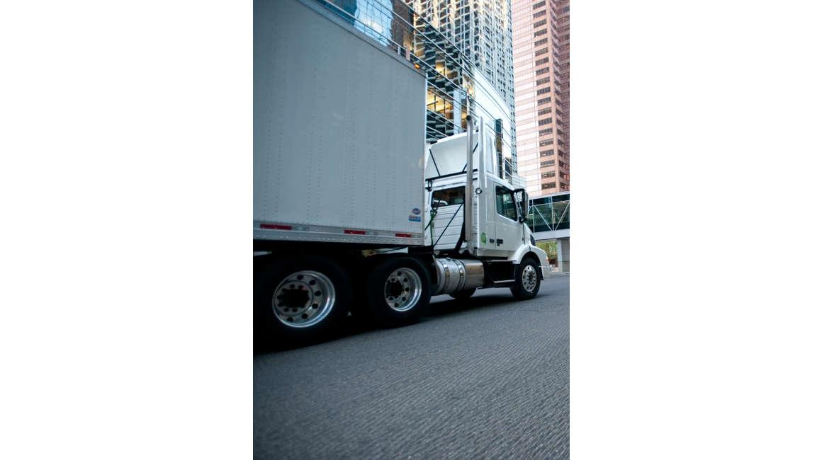 Volvo Daycab Truck